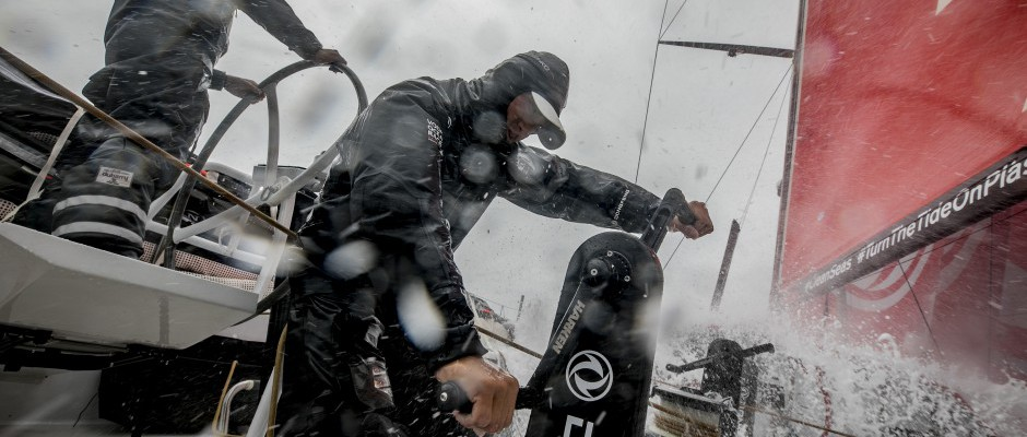 Dongfeng Race Team fights back to second place and breaks leg mileage record