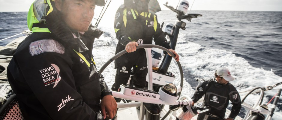 Leg 4, Day 15: Dongfeng hunting Vestas in the closing stages