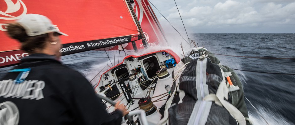 Leg 4, Day 18: Dongfeng on course for her fourth consecutive podium in Hong Kong