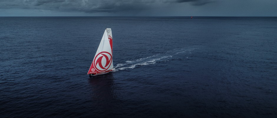 Leg 6 Day 14: Mirror images – Dongfeng/MAPFRE – MAPFRE/Dongfeng