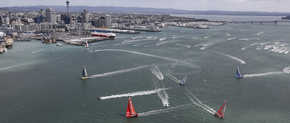 """Spectacular start to Leg 7 as Dongfeng Race Team head off for """"a very special leg"""""""